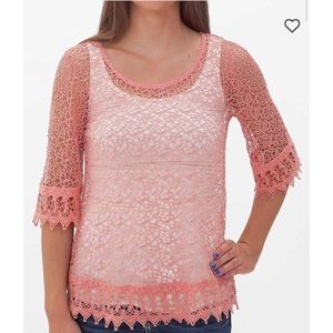 bke red pink crochet top size Small